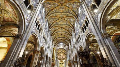 Cinquecento nuove luci esaltano il Duomo e il Battistero di Parma
