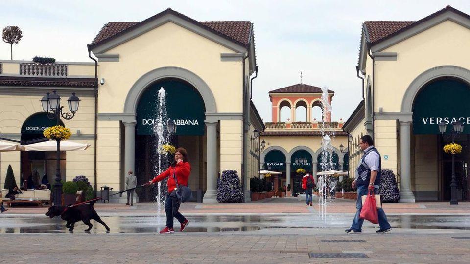 best service 4ff7b 9a746 Outlet di Serravalle, la battaglia di Pasqua - La Stampa