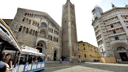 Ecco Parma vista dal trenino turistico - foto