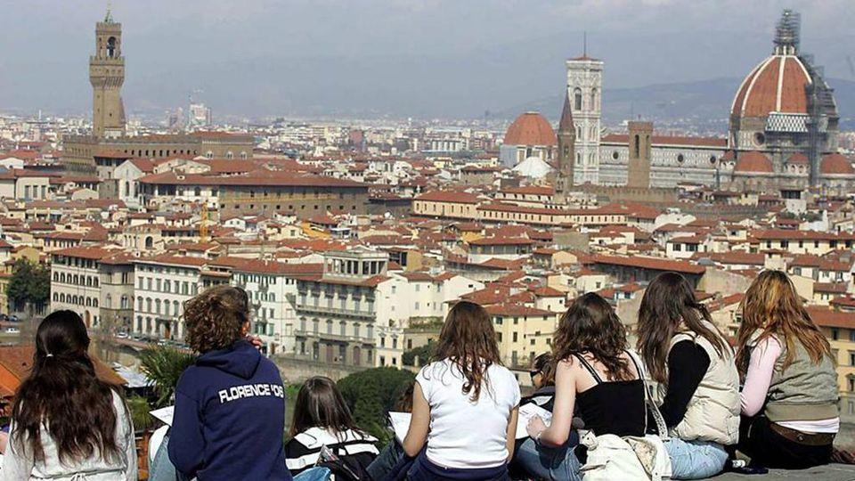 Airbnb cresce in Italia e vuole far pagare la tassa di ...