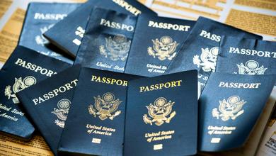 Due passaporti per il Medio Oriente