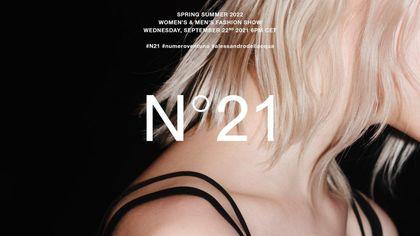 N21: la sfilata della collezione primavera-estate 2022 in live streaming