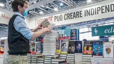 Il mercato dei libri torna a crescere e le librerie fisiche ri-sorpassano quelle online