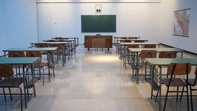 Gli insegnanti al Governo: «Gli studenti sono il nostro futuro: riportiamoli a scuola»