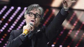 """Gaetano Curreri in terapia intensiva dopo un infarto sul palco. Gli Stadio: """"Lo abbiamo sentito, ora sta meglio"""""""