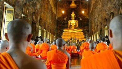 Otto per mille, calano le firme per i culti: e se la Chiesa piange, i buddhisti festeggiano