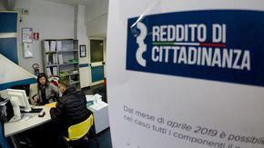 Reddito di cittadinanza, in 70 senza requisiti nel Genovese: frode da un milione