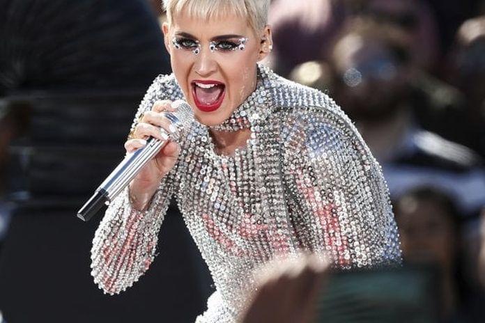Katy Perry 2015 incontri Club di incontri gratuiti a Cape Town