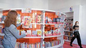 Niente più quarantena dei libri: i lettori riscoprono le biblioteche tornate alla normalità dopo 20 mesi