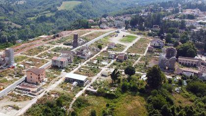 Cantiere Amatrice: a 5 anni dal terremoto prima gru in zona rossa