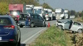"""Scontro frontale sulla """"Bovesana"""" a Cuneo, ferito automobilista"""