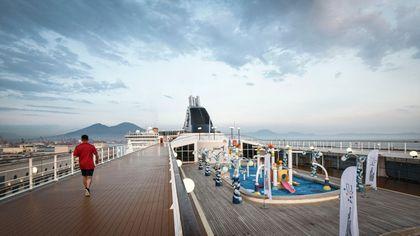 Universiade, inaugurato il villaggio degli atleti nel porto di Napoli: lusso made in Italy