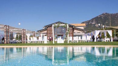 Matrimoni In Campania Gli Sposi Scelgono La Location Piu Romantica E Panoramica La Repubblica