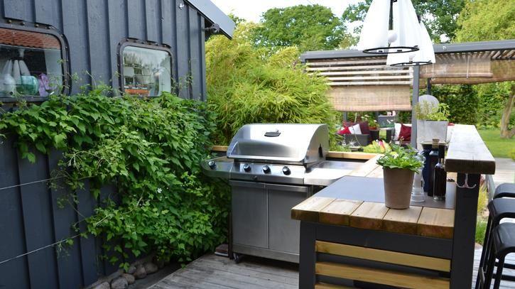 La cucina si trasferisce in giardino - La Stampa