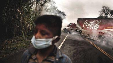 In Colombia per difendere la terra si fa la guerra con i bastoni