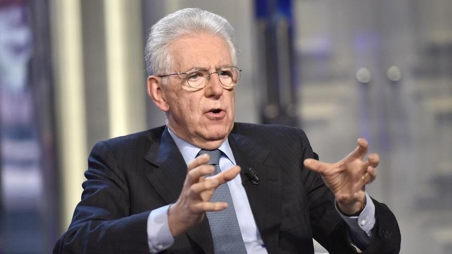 """Mario Monti: """"Conte faccia il partito, se crede. Ma segua la sua coscienza  e si liberi degli imbonitori"""" - La Stampa"""