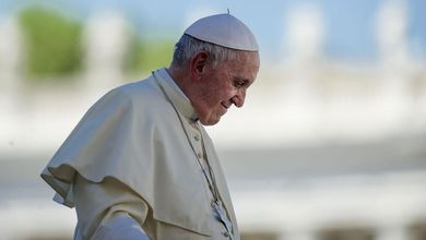 Pedofilia, le colpe di papa Francesco