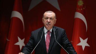Il pugno di ferro di Erdogan contro diritti e opposizioni per recuperare consensi