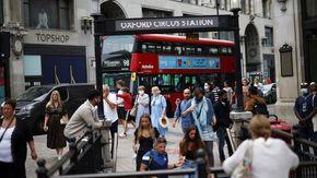 """Londra torna a sperare, contagi scesi del 40%. Negli Usa boom di ricoveri: """"Mezzo Paese è scoperto dal vaccino"""""""