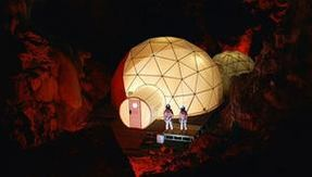 On a mission to Mars: here is the extreme trip to a cave in Spain