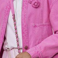 La camelia, fiore simbolo di Chanel