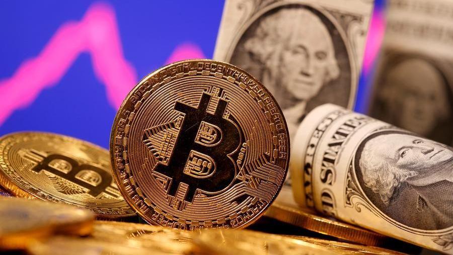 Bitcoin, i venditori di sogni. E quelli di bolle