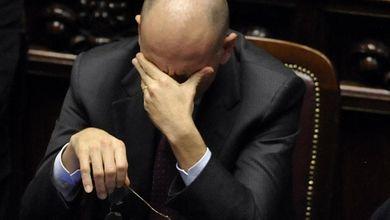 Governo Letta sempre più a rischio<br /> Gli italiani bocciano i ministri