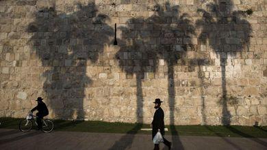 Gerusalemme divisa da una funivia