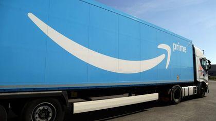 Pavia, rubano merce Amazon da un tir: recuperati oggetti per 500mila euro