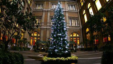 """""""Grazie, onorevole"""": ecco chi fa regali sotto l'albero della Stabilità"""