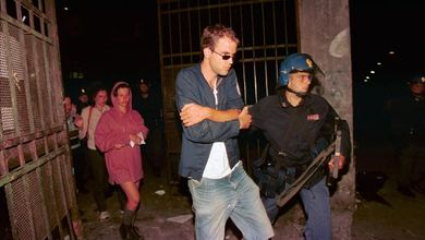 """""""Io, pestato nella caserma di Bolzaneto. Tra le risate dei poliziotti e le urla di dolore degli altri ragazzi"""""""