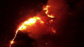Catania, incendi sul Simeto: i roghi visti dall'alto