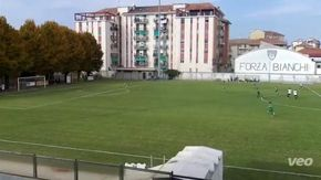 Il gol di Guazzo dell'Acqui con un calcio da 50 metri