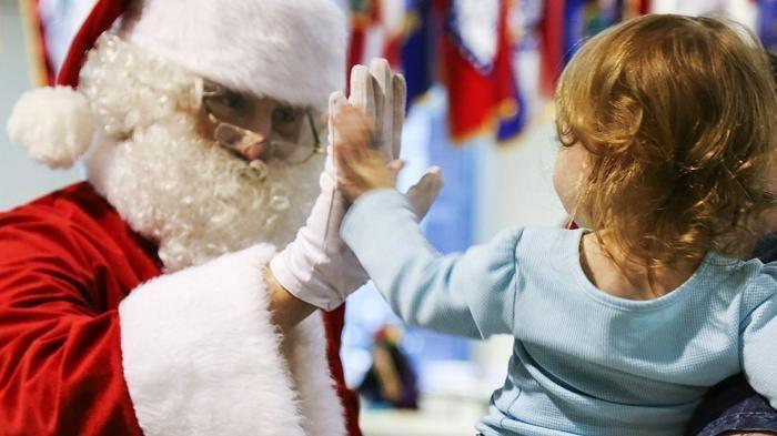 Frasi Di Natale Per Figli.Come Dire Ai Vostri Bimbi Che Babbo Natale Non Esiste La