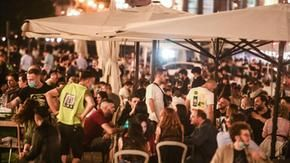 On the night of Turin, traffic and gatherings are seen again: the nightlife invades the center