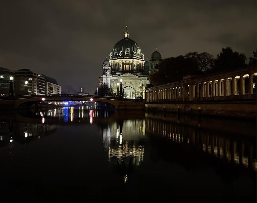 Berliner Dom. Scarica la foto alla risoluzione originale