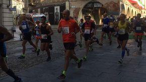 Mezza maratona, ecco il tragitto e i divieti: Vercelli si prepara alla domenica di corsa