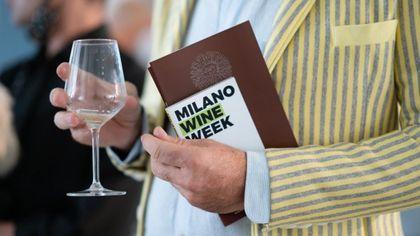 Milano Wine Week, un quartiere un vino con 500 locali: dal Brunello in Galleria al Chianti sui Navigli