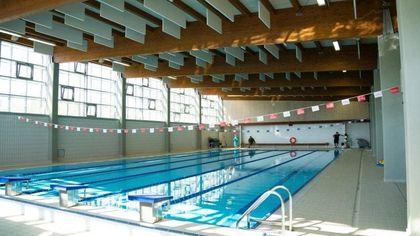 Parma, apre la piscina di viale Giulio Cesare. Previsto parcheggio interrato da 120 posti auto