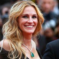 È il compleanno di Julia Roberts: tanti auguri al sorriso più famoso di Hollywood