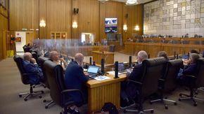 Divisione del gruppo Pcp: stallo irrisolto in Consiglio Valle, stop ai lavori e rinvio a lunedì