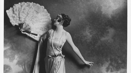Lucile, la stilista che inventò gli abiti delle emozioni