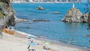 Madonnetta, famiglie e turisti riabbracciano la loro spiaggia