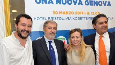 Genova, corsa a tre per la poltrona di sindaco: tra Pd e M5s, la destra gode
