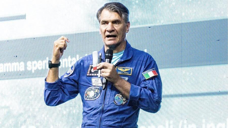 appuntamenti astronautiha fatto Cooke e CT hook up