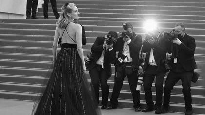 74° Festival di Cannes, la seconda serata è in black and white