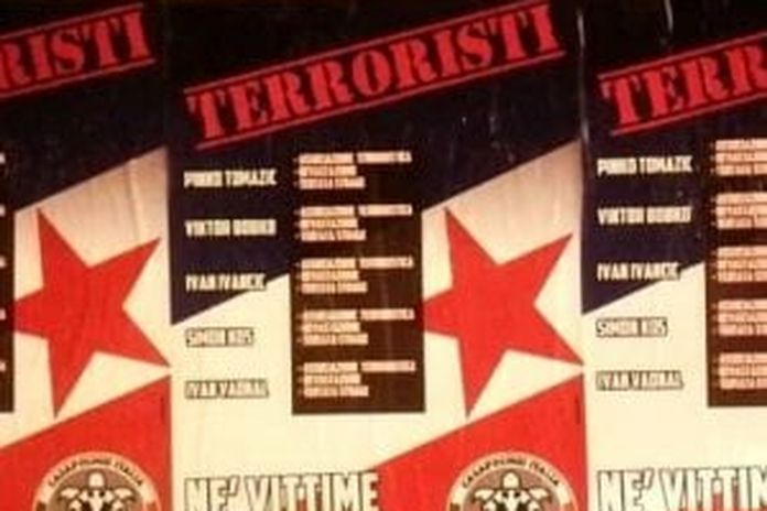Manifesti di Casapound contro la commemorazione dei partigiani uccisi