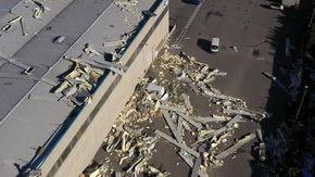 Rottami di aerei, case e metro allagate: cosa ha lasciato un giorno di maltempo al Nord Italia