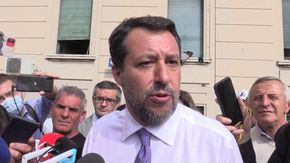 """Morisi, l'imbarazzo e i silenzi di Salvini: """"Non commento fatti personali. Disgustoso il linciaggio su Luca"""""""