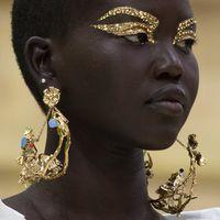 L'oro in versione summer per moda e bellezza